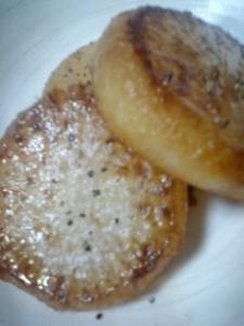 大根のステーキ(バターしょう油味)