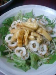 水菜とカリカリお揚げのサラダ