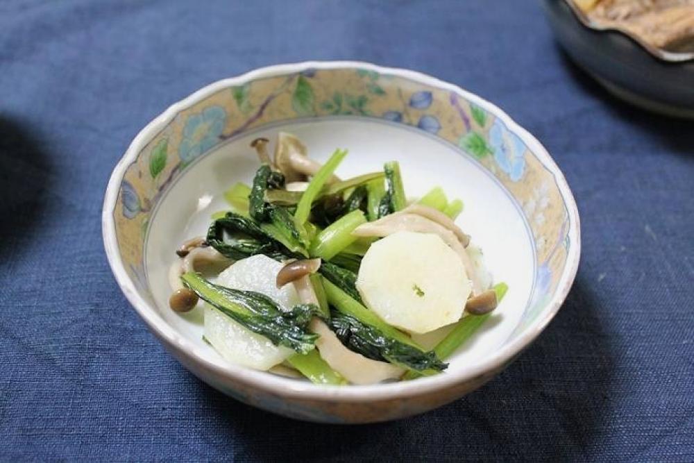 長芋と小松菜としめじの炒めもの