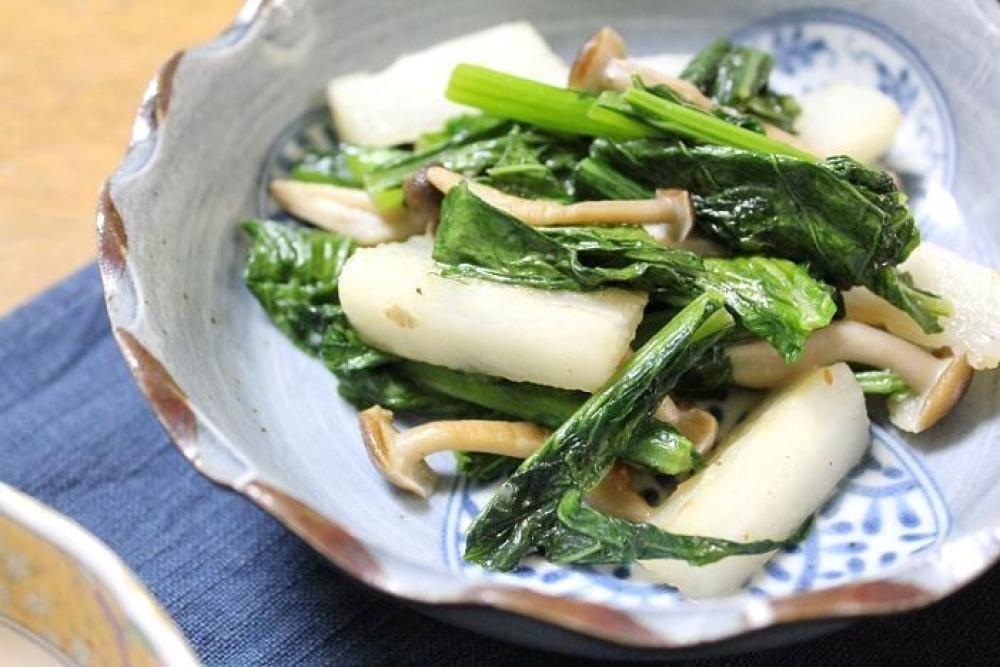 長芋と小松菜の塩だれ炒め