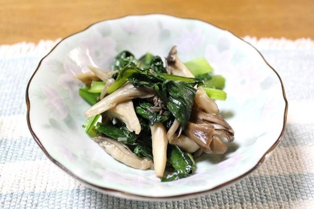 小松菜ときのこの炒めもの