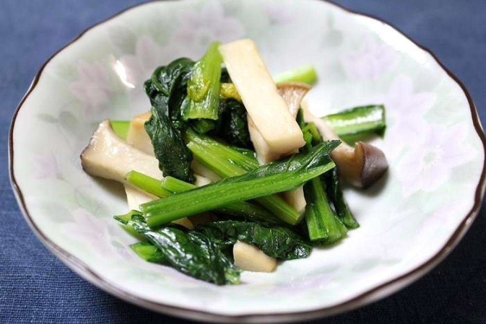 エリンギと小松菜の炒めもの