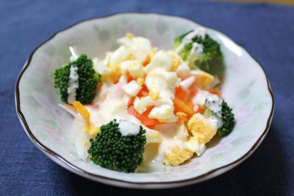 ブロッコリーのマヨーグルトサラダ