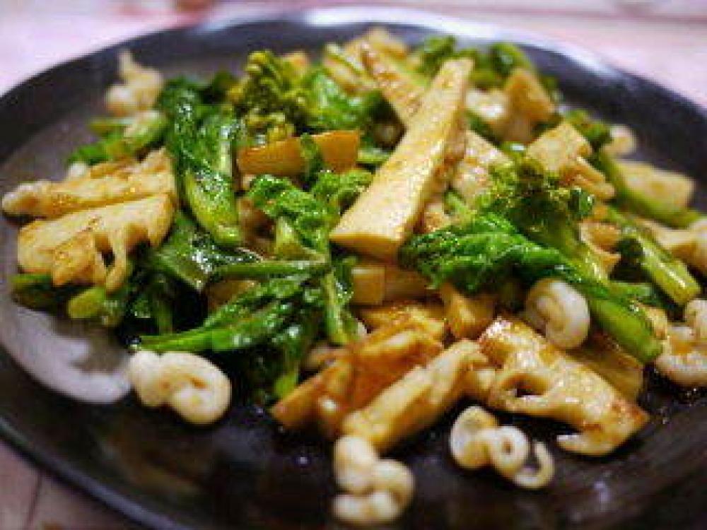 筍と菜の花のドレッシング炒め
