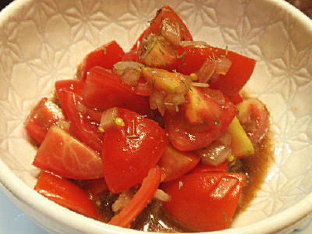 トマトサラダのイタリアンドレッシング