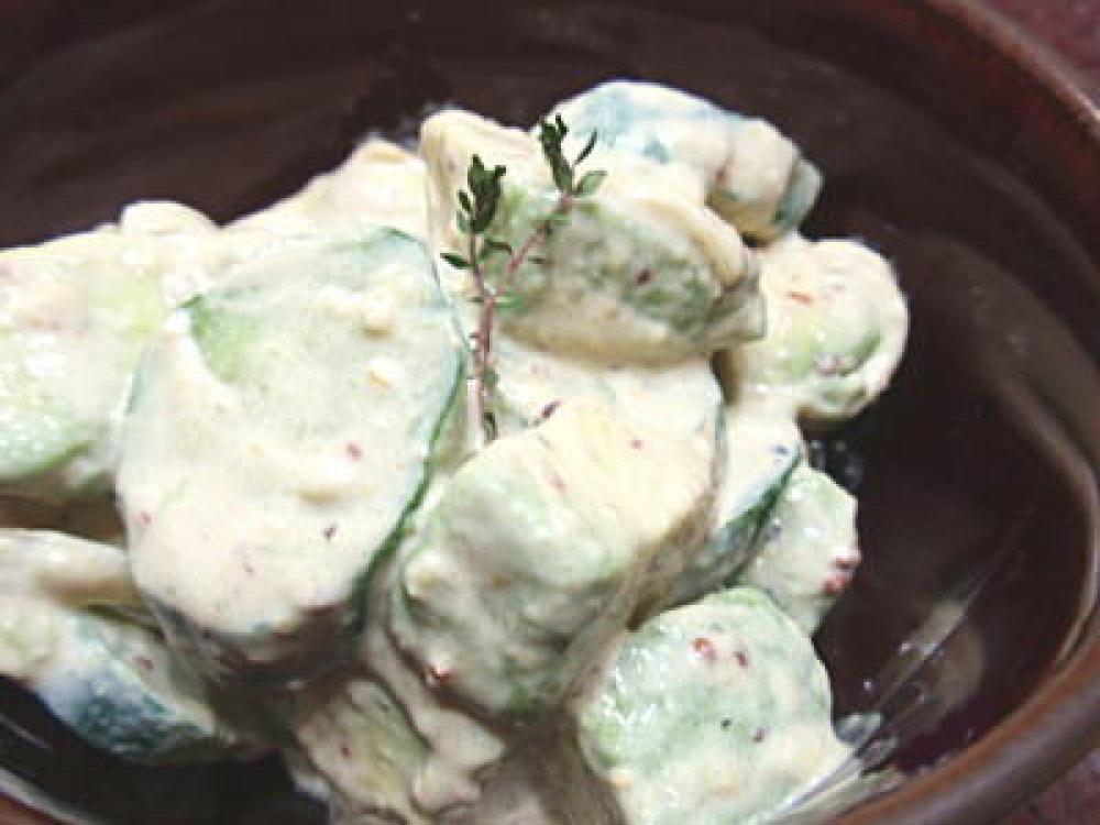 きゅうりとアボカドのサラダ