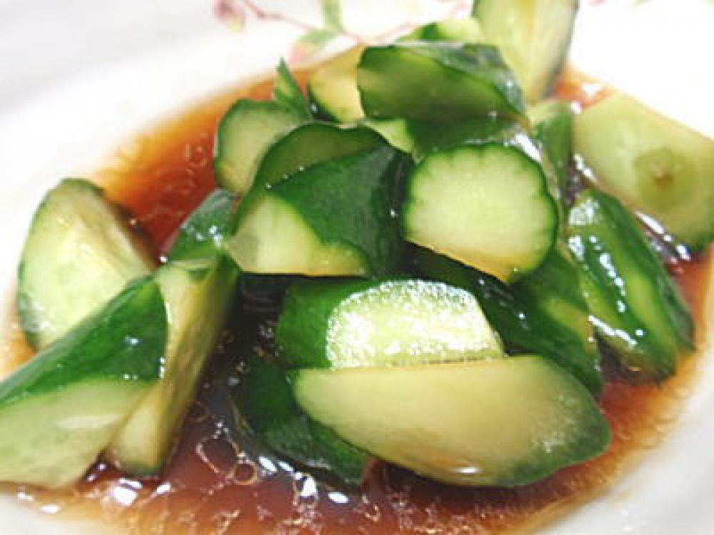 あとをひく味。きゅうりのナムル風サラダ