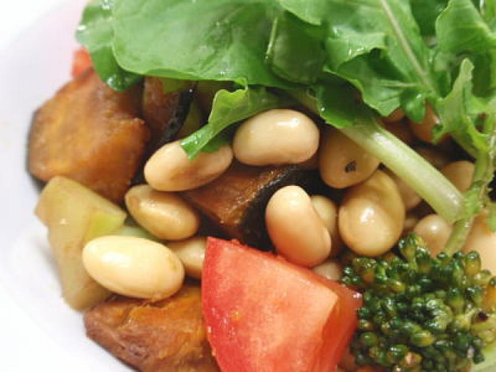 大豆とかぼちゃのサラダ