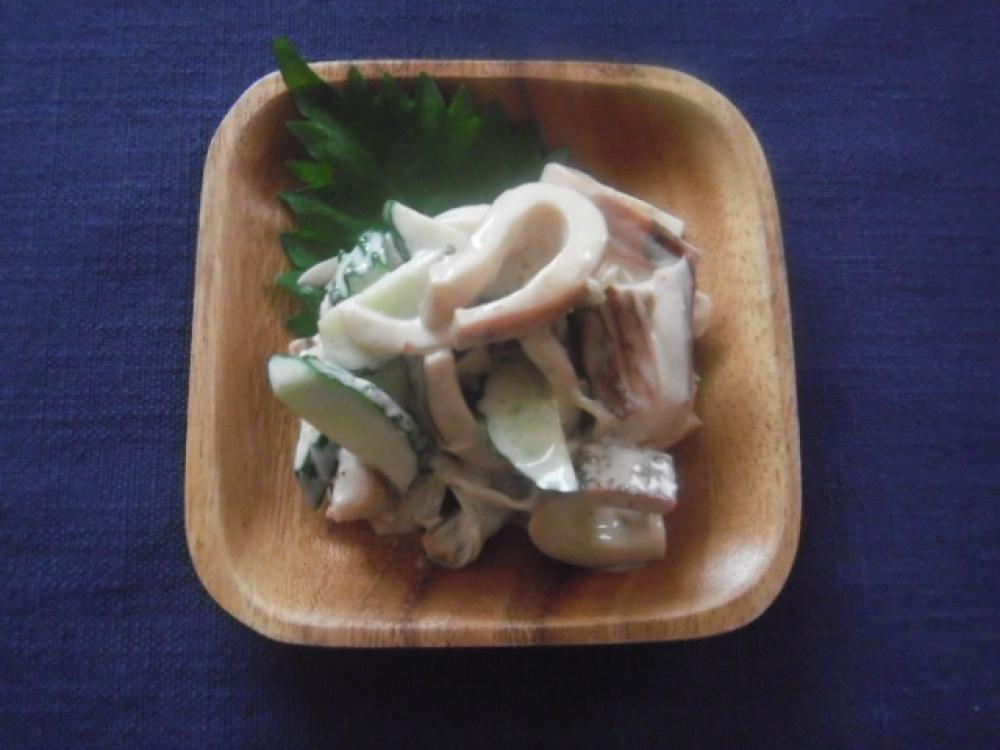 イカの生姜醤油焼き入りおつまみサラダ