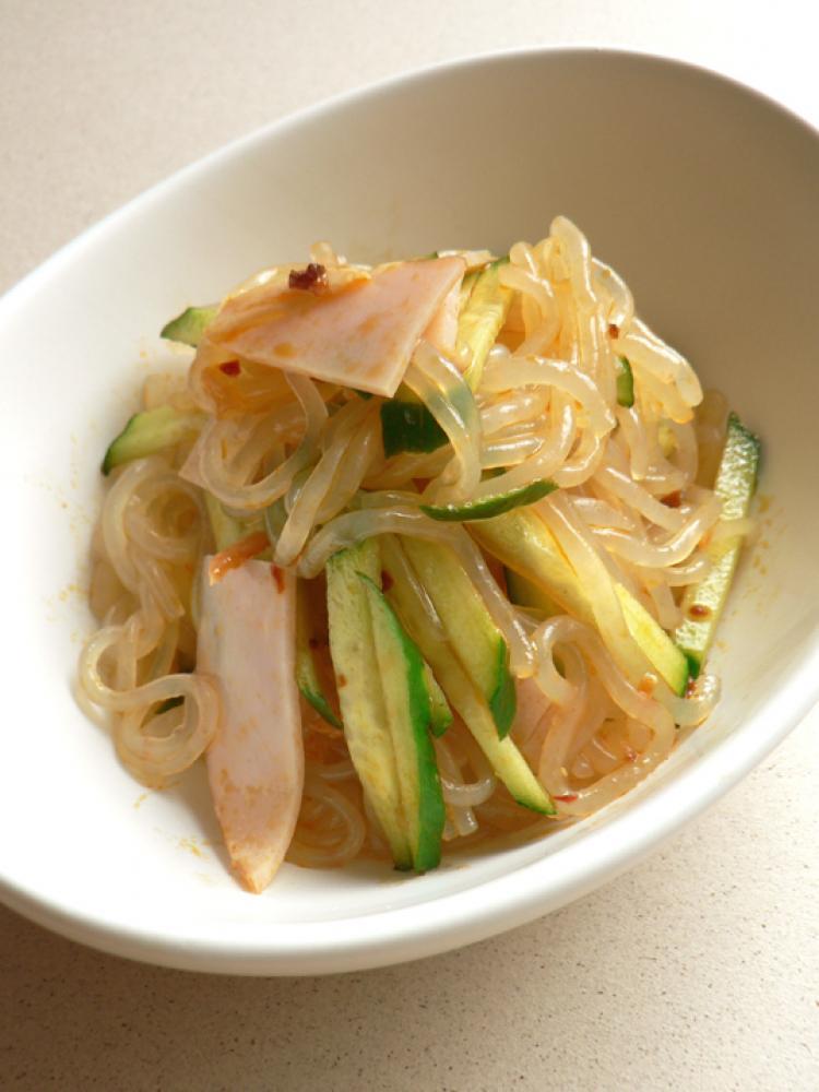 辛そうで辛くない☆しらたき中華サラダ