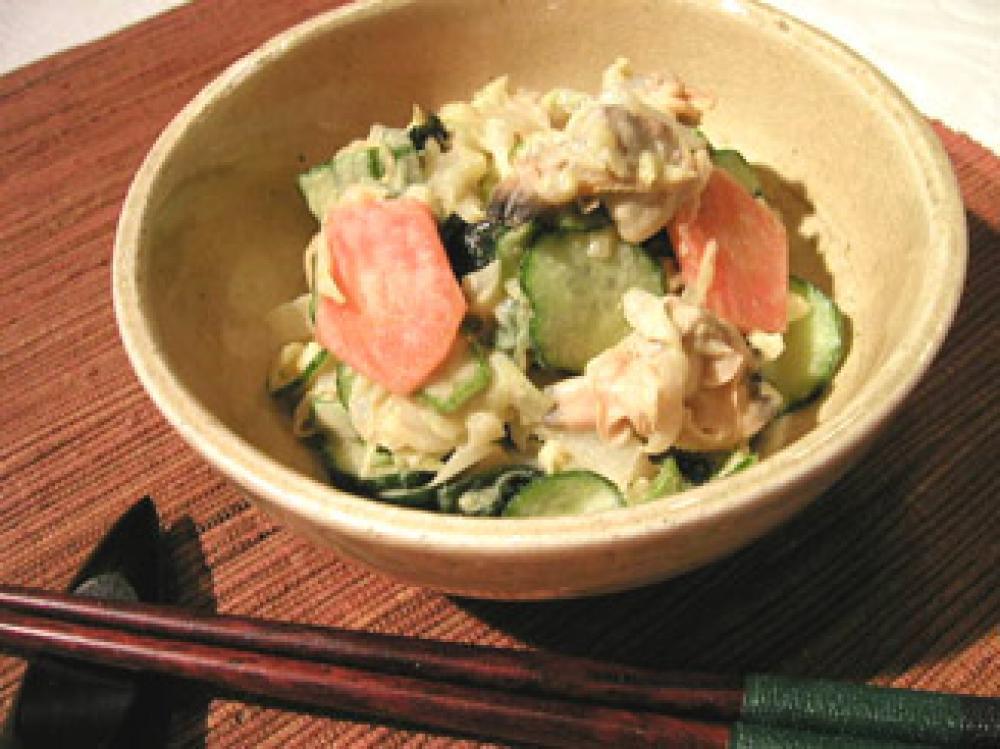 あさりとたっぷり野菜のごま酢サラダ