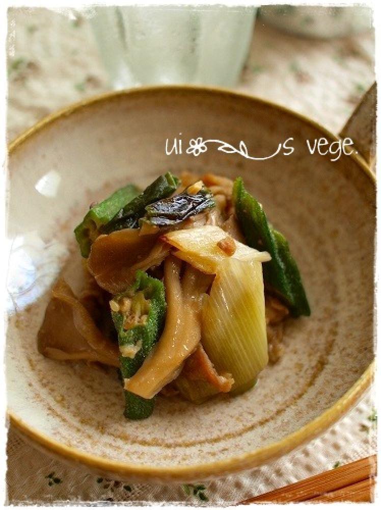 オクラの味噌肉炒め