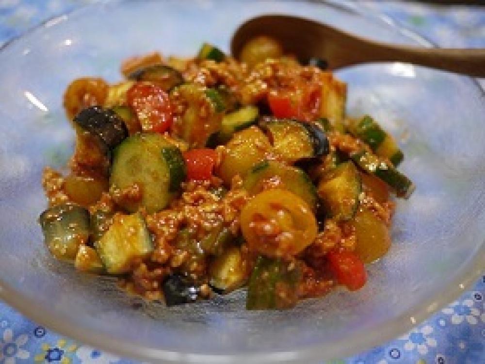 雑穀畑 韓国風夏野菜ピリ辛サラダ