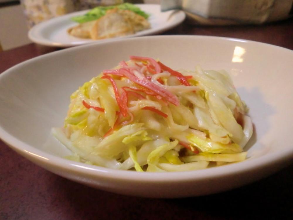 白菜とカニかまのサラダ