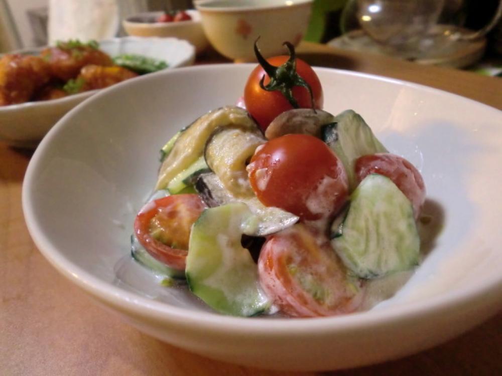 ナスとキュウリのヨーグルトサラダ