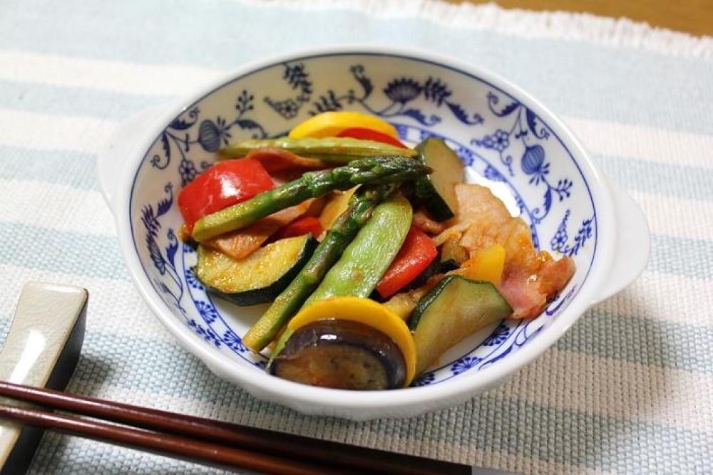 彩り野菜のトマト煮