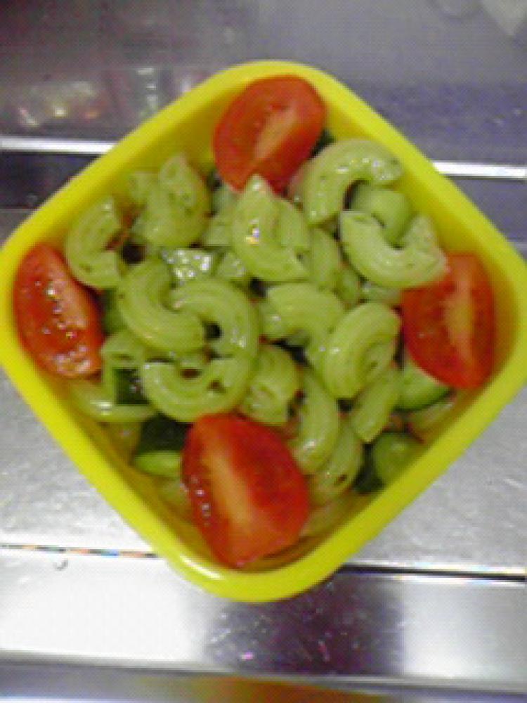 簡単美味しい☆バジルのマカロニサラダ♪