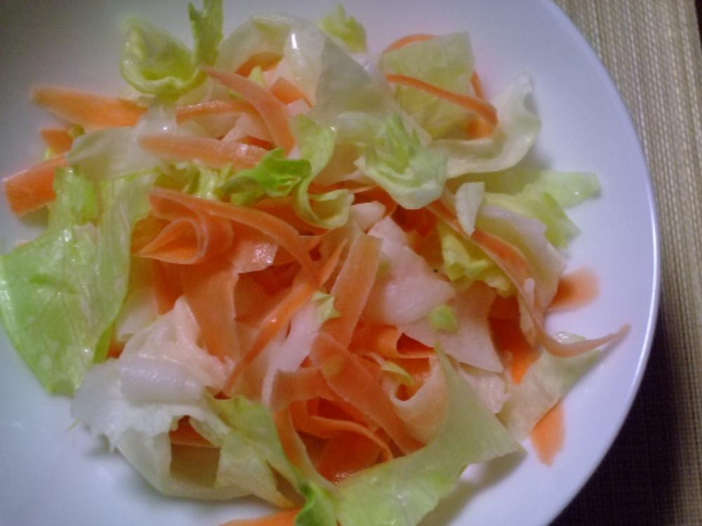 ニンジンと大根の可愛らしいサラダ