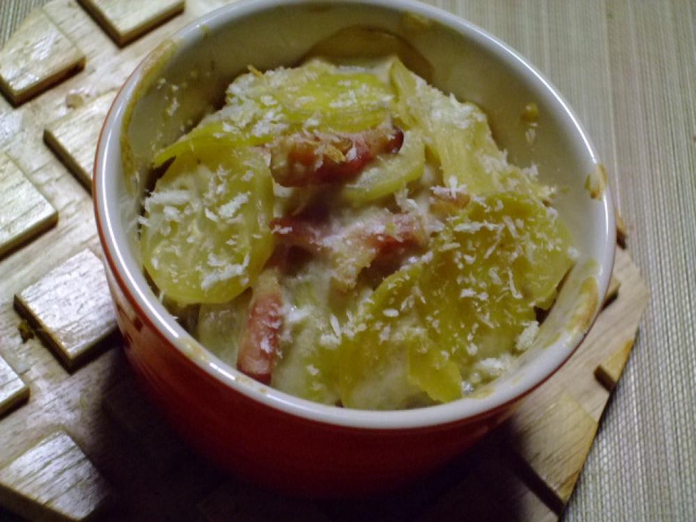 クリームチーズでёさつま芋のドフィノア