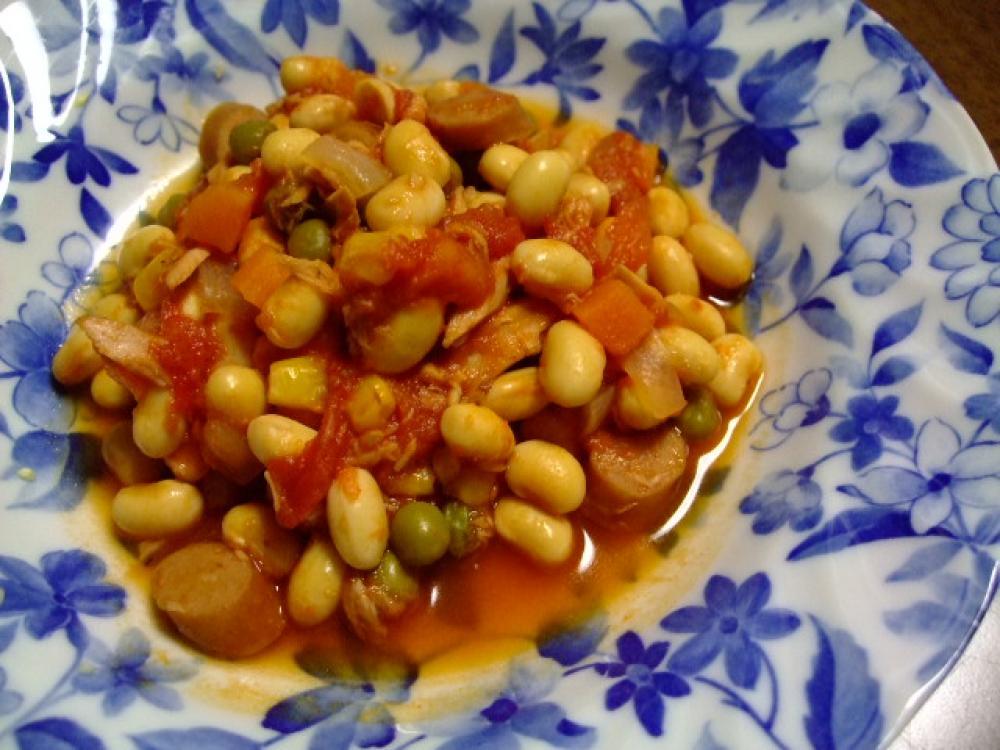 ツナと大豆のトマト煮込み