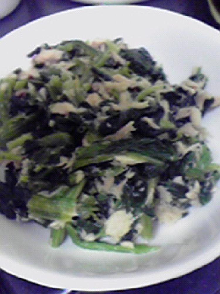納豆のタレ活用☆ほうれん草とツナの炒め物