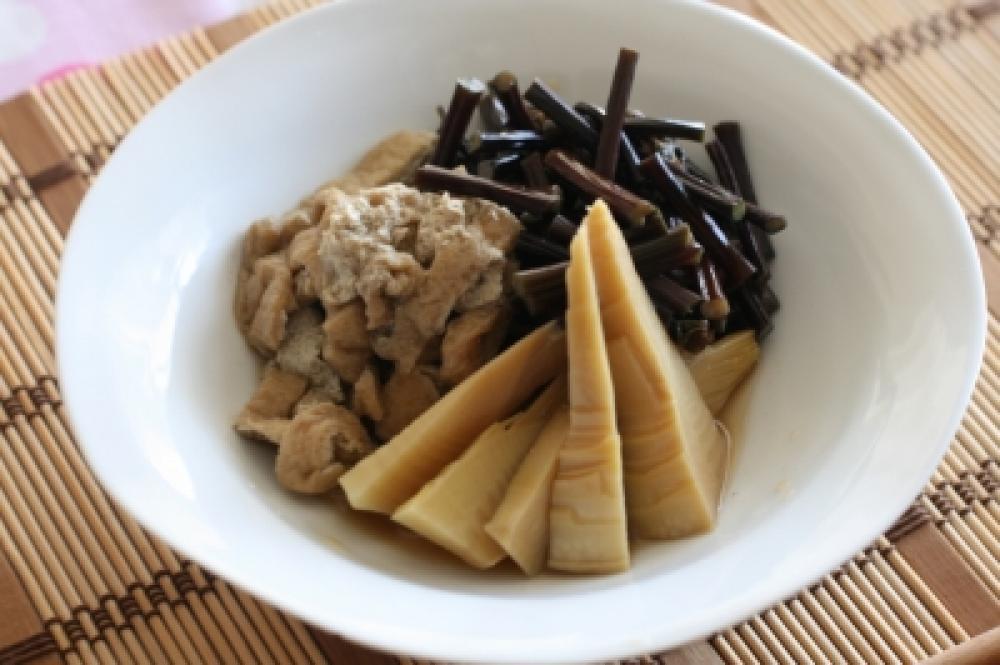 わらびと筍の煮物
