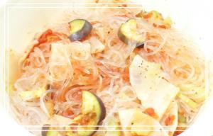 トマトソースで 野菜と春雨のサラダ